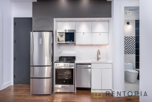 3 Bedrooms, Bushwick Rental in NYC for $3,402 - Photo 1
