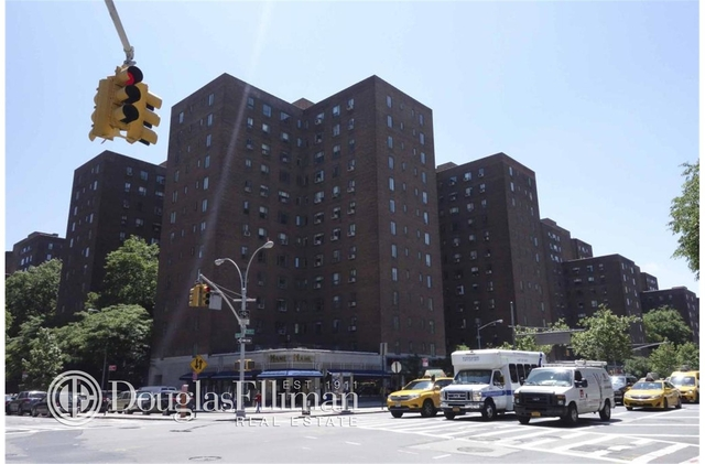 1 Bedroom, Stuyvesant Town - Peter Cooper Village Rental in NYC for $3,868 - Photo 2