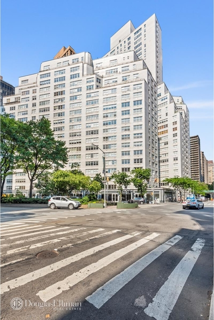 2 Bedrooms, Lincoln Square Rental in NYC for $6,325 - Photo 2