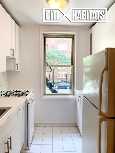 Studio, Yorkville Rental in NYC for $3,010 - Photo 2
