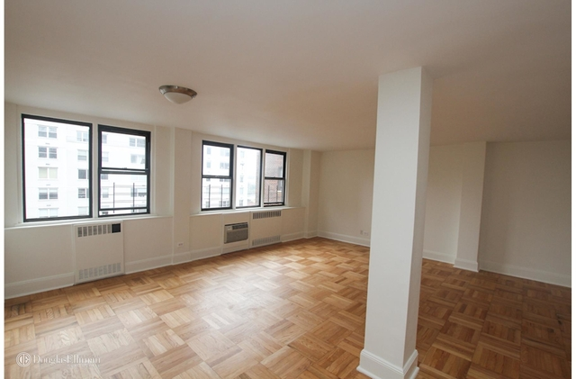 Studio, Yorkville Rental in NYC for $5,450 - Photo 1