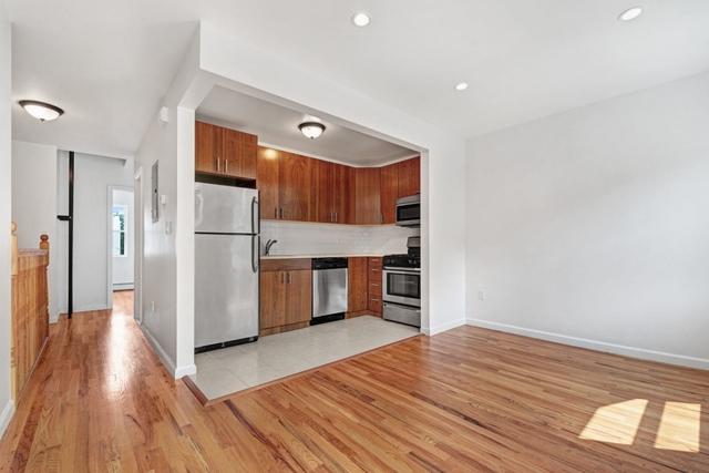1 Bedroom, Woodside Rental in NYC for $1,950 - Photo 1