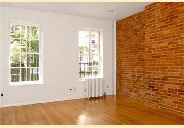 Studio, Yorkville Rental in NYC for $2,125 - Photo 2