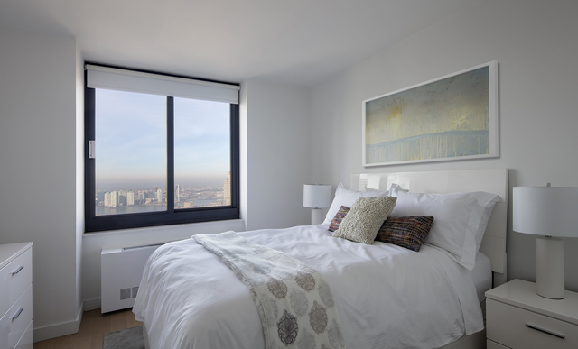 2 Bedrooms, Tribeca Rental in NYC for $7,470 - Photo 2