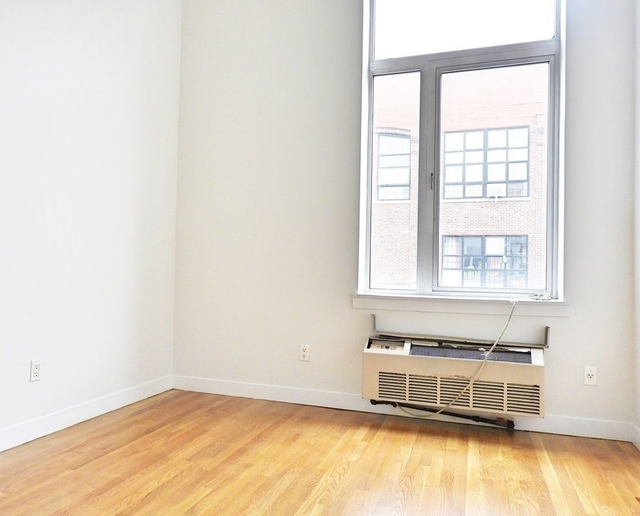 2 Bedrooms, Bushwick Rental in NYC for $2,975 - Photo 2