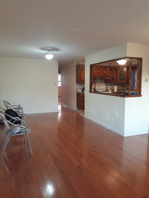 3 Bedrooms, Bensonhurst Rental in NYC for $2,300 - Photo 1