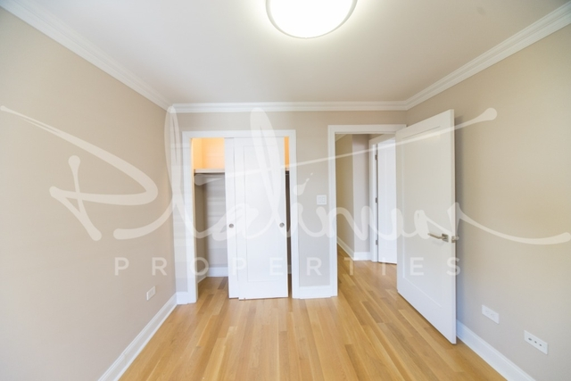 2 Bedrooms, Tribeca Rental in NYC for $5,129 - Photo 2