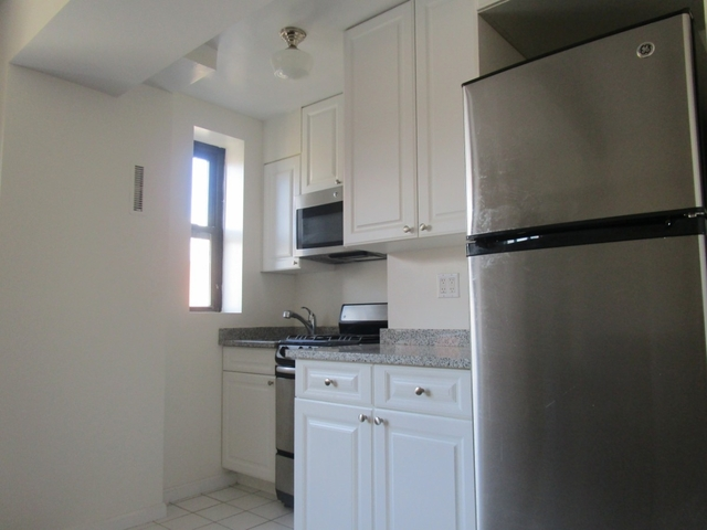 1 Bedroom, Manhattan Valley Rental in NYC for $3,050 - Photo 2