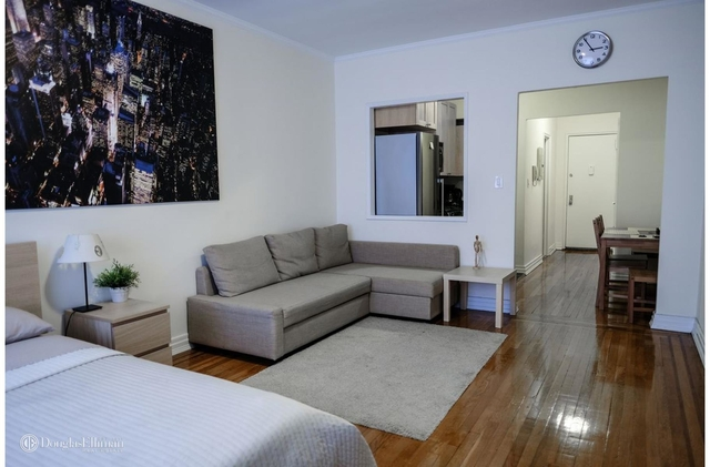 Studio, Lincoln Square Rental in NYC for $2,825 - Photo 2