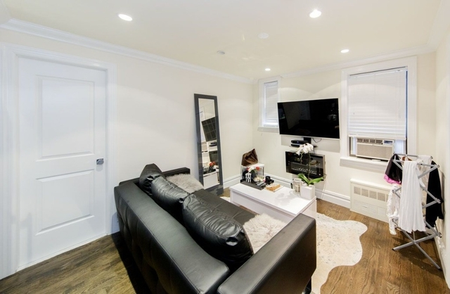 1 Bedroom, West Village Rental in NYC for $3,666 - Photo 2