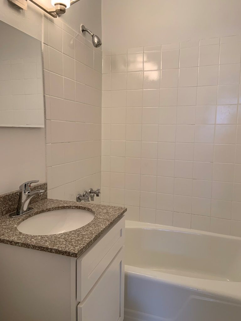 Studio, Kew Gardens Rental in NYC for $1,728 - Photo 2