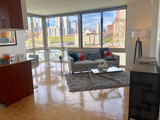 3 Bedrooms, Roosevelt Island Rental in NYC for $6,319 - Photo 1