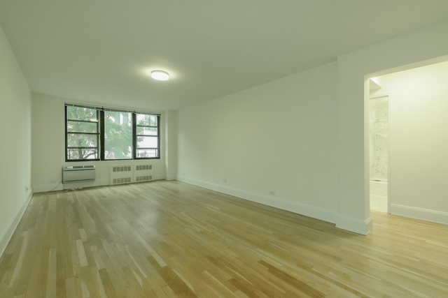 2 Bedrooms, West Village Rental in NYC for $5,695 - Photo 1