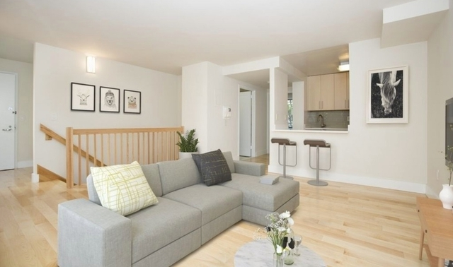 2 Bedrooms, West Village Rental in NYC for $6,725 - Photo 2