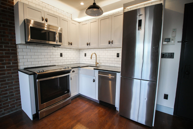 3 Bedrooms, Bedford-Stuyvesant Rental in NYC for $3,399 - Photo 1