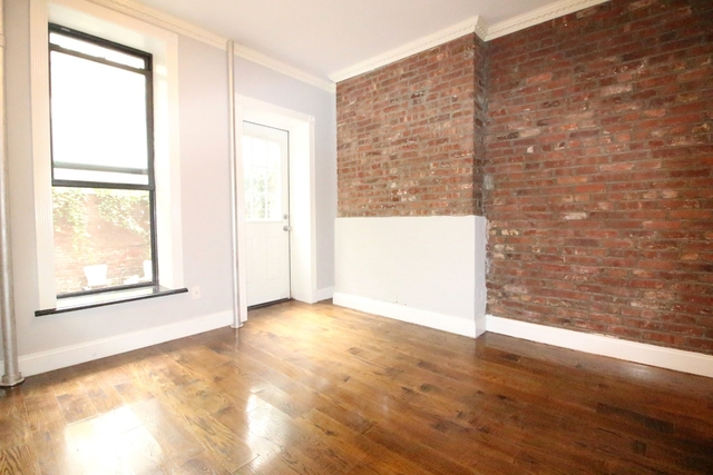 2 Bedrooms, Alphabet City Rental in NYC for $4,028 - Photo 1
