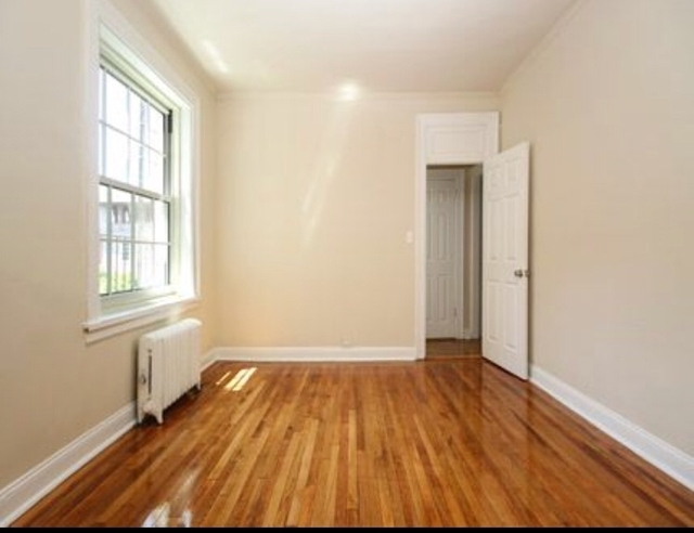 1 Bedroom, Jackson Heights Rental in NYC for $2,050 - Photo 2