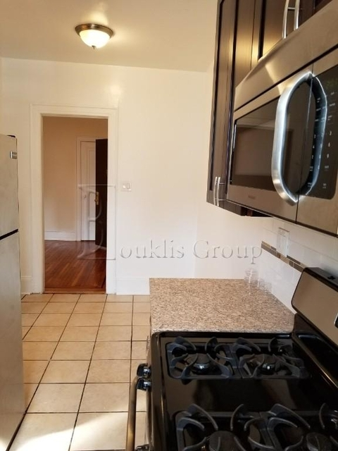 2 Bedrooms, Steinway Rental in NYC for $2,895 - Photo 2