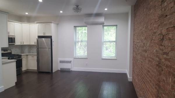 2 Bedrooms, Borough Park Rental in NYC for $2,100 - Photo 1