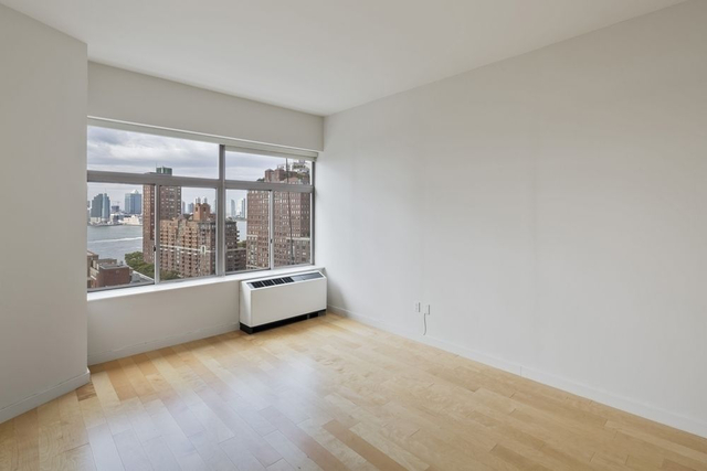 Studio, Financial District Rental in NYC for $5,525 - Photo 1