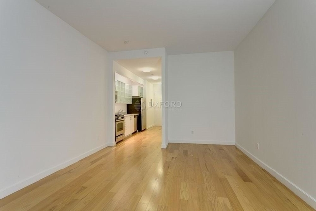 Studio, Financial District Rental in NYC for $2,470 - Photo 2