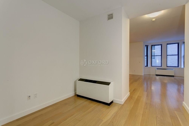 Studio, Financial District Rental in NYC for $3,360 - Photo 2