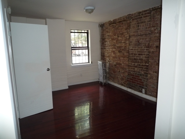 1 Bedroom, Bedford-Stuyvesant Rental in NYC for $2,200 - Photo 2