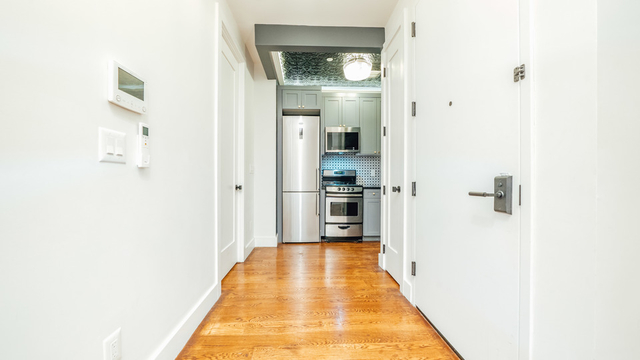 2 Bedrooms, East Williamsburg Rental in NYC for $3,105 - Photo 2