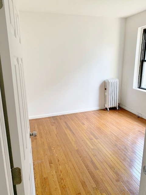 2 Bedrooms, Steinway Rental in NYC for $2,050 - Photo 2
