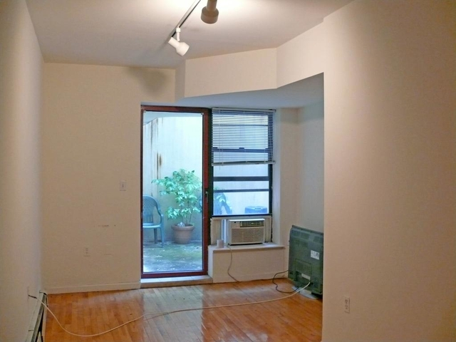 2 Bedrooms, Alphabet City Rental in NYC for $4,445 - Photo 1