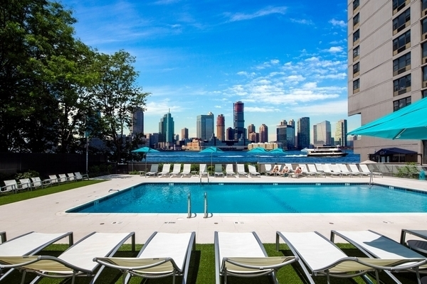 1 Bedroom, Battery Park City Rental in NYC for $2,416 - Photo 1