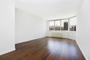 2 Bedrooms, Hell's Kitchen Rental in NYC for $3,438 - Photo 1