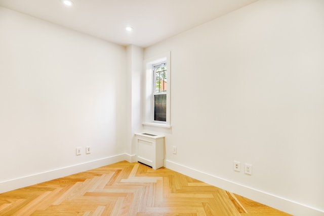 1 Bedroom, Two Bridges Rental in NYC for $2,756 - Photo 1