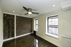 4 Bedrooms, Turtle Bay Rental in NYC for $5,500 - Photo 2