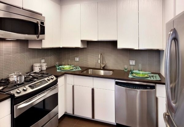 Studio, Lincoln Square Rental in NYC for $3,012 - Photo 2