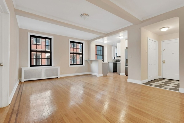 3 Bedrooms, Lenox Hill Rental in NYC for $10,995 - Photo 1