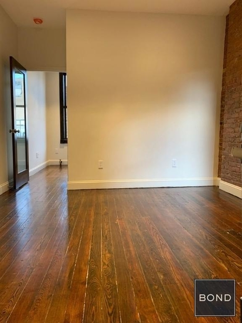 1 Bedroom, Greenwich Village Rental in NYC for $3,075 - Photo 2