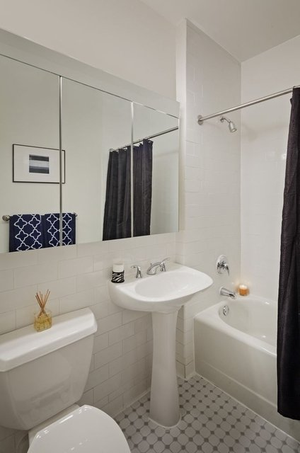 Studio, Financial District Rental in NYC for $4,425 - Photo 2