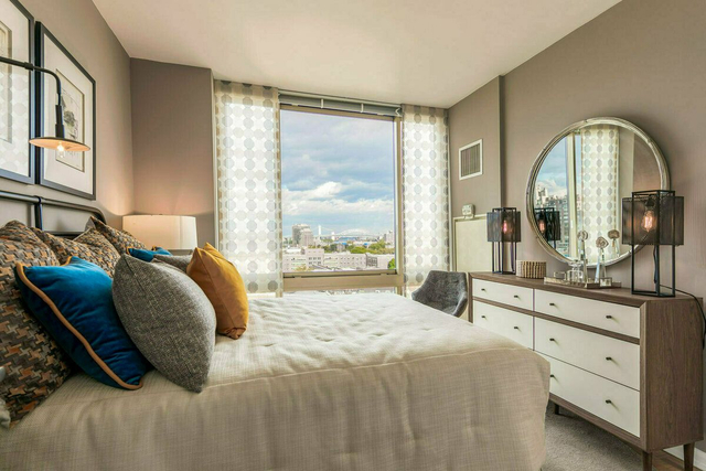 2 Bedrooms, Roosevelt Island Rental in NYC for $4,552 - Photo 1