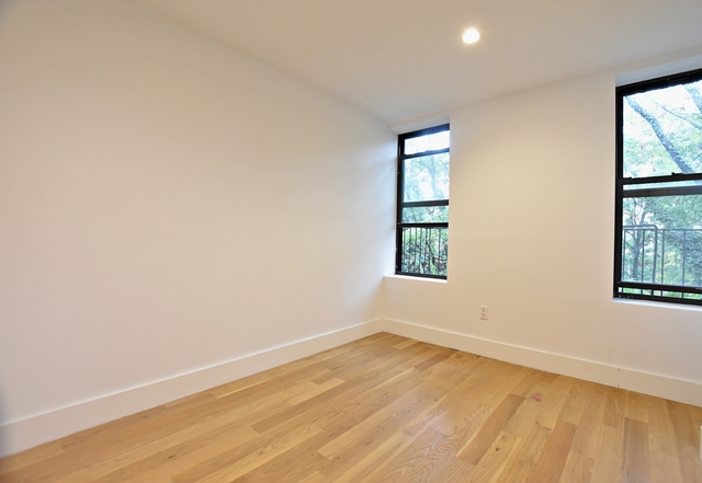 3 Bedrooms, Alphabet City Rental in NYC for $3,627 - Photo 2
