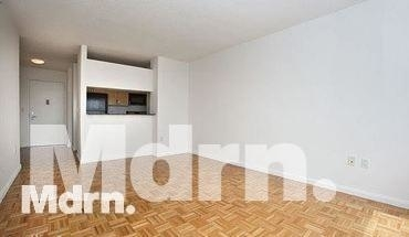 Studio, Lenox Hill Rental in NYC for $2,400 - Photo 2