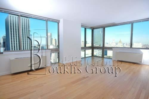 3 Bedrooms, Financial District Rental in NYC for $7,045 - Photo 2