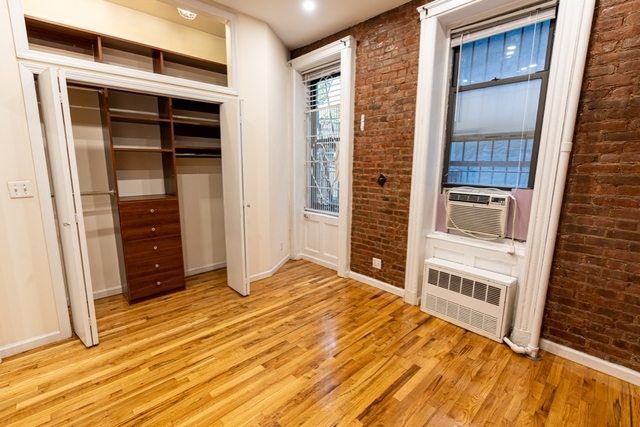 1 Bedroom, West Village Rental in NYC for $3,150 - Photo 2