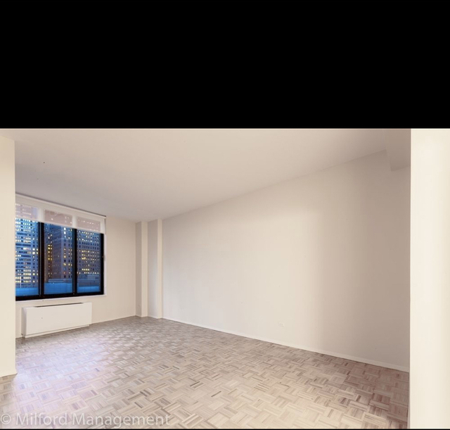 1 Bedroom, Battery Park City Rental in NYC for $3,600 - Photo 1