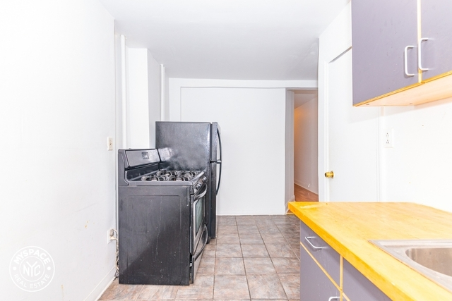 2 Bedrooms, Bushwick Rental in NYC for $1,975 - Photo 2