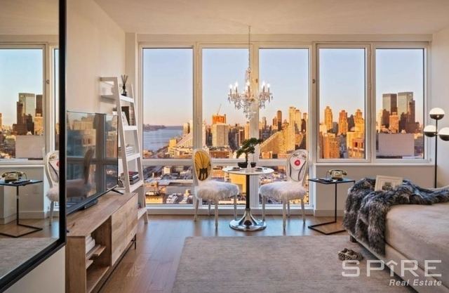Studio, Hell's Kitchen Rental in NYC for $3,184 - Photo 2
