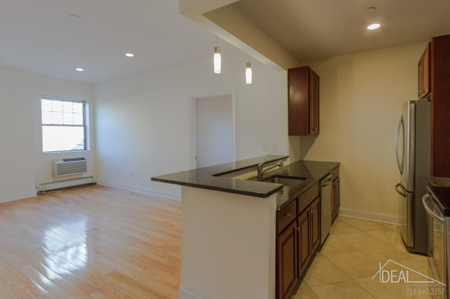 2 Bedrooms, Brooklyn Heights Rental in NYC for $4,750 - Photo 2