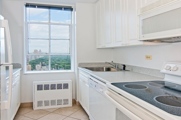 1 Bedroom, Theater District Rental in NYC for $3,460 - Photo 2