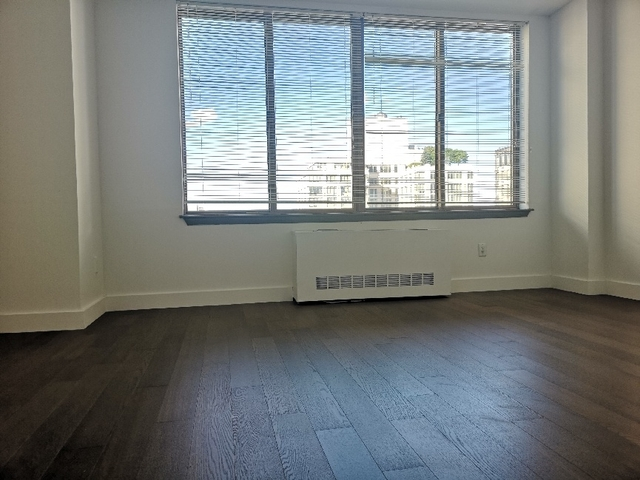 1 Bedroom, Carnegie Hill Rental in NYC for $3,195 - Photo 1