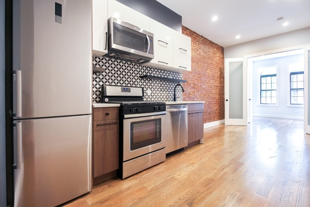 Room, Bushwick Rental in NYC for $1,175 - Photo 2